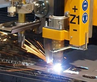 Metallverarbeitung Schneidanlage